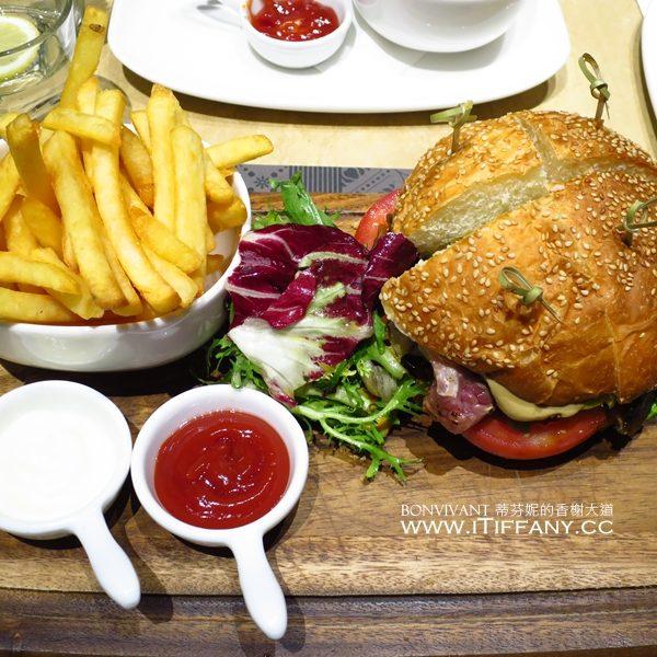 IMG_2842_板橋大遠百Agnes b le pain grille法式小餐館